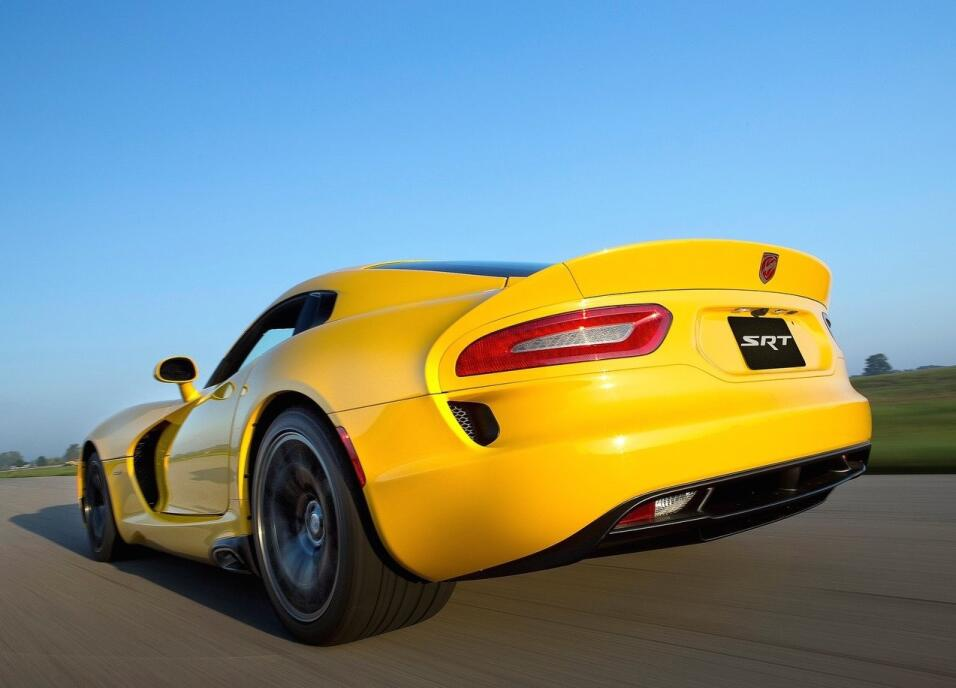 Fin de una era: Dodge construyó el último Viper Dodge-SRT_Viper-2013-128...