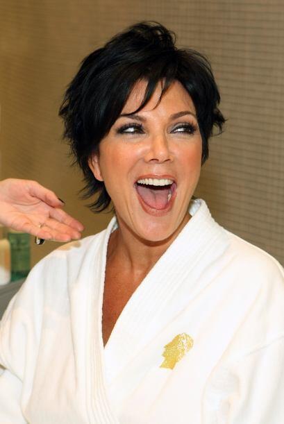 Fuentes cercanas a Kris Jenner aseguran que tuvo un amorío con el cantan...
