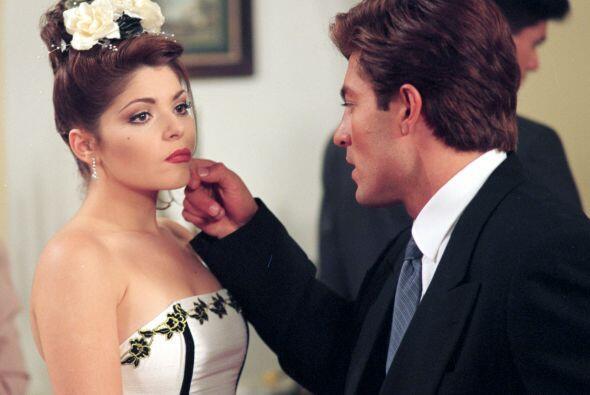 Los villanos son personajes fundamentales en las telenovelas y, en algun...