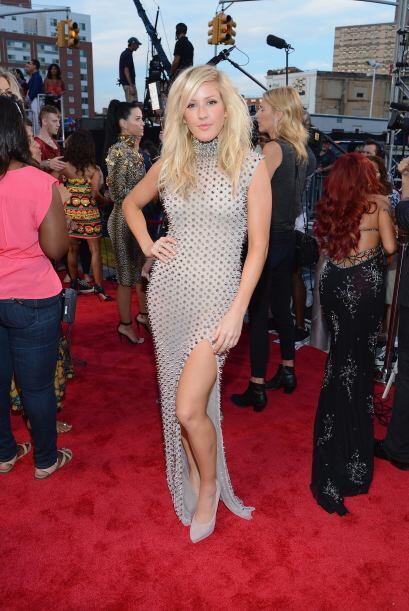 Sin duda alguna, la moda 'spike' de Ellie Goulding era para quedarte cla...