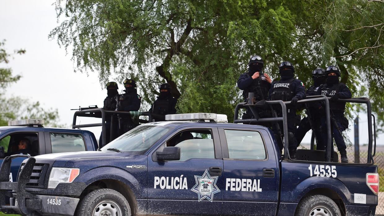 Policía estatal de Tamaulipas circula por las calles de la ciudad