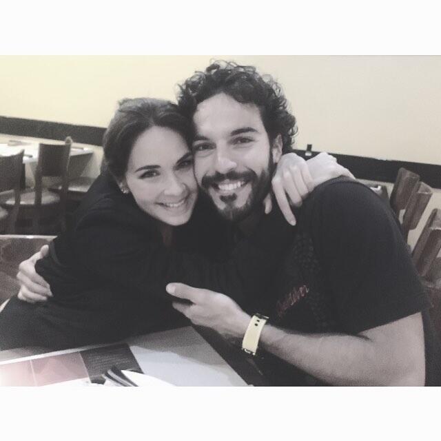 Adriana Louvier y Guto Salas