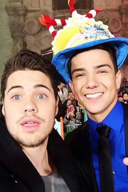 """¡Happy birthday amigo Luis Coronel!"", deseó Will..."