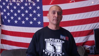 Marco Chávez, el primer veterano deportado que regresa perdonado a Estad...