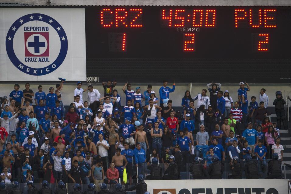 Cruz Azul regresa al Estadio Azteca 8.jpg