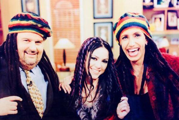 ¡Raúl y Lili con unas trencitas como Shakira! Mira aquí los videos más c...