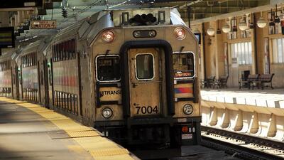 Reducirán tarifas de New Jersey Transit para compensar molestias de las obras de reparación