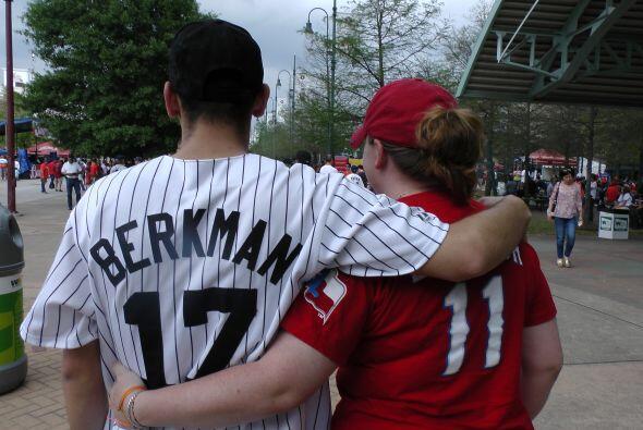 Pero todo se vale en el amor y en el beisbol.