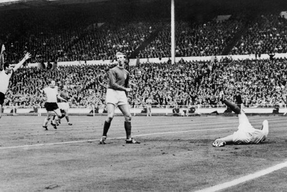 Inglaterra le ganó 4 a 2 a Alemania en la final del Mundial de 1966 pero...