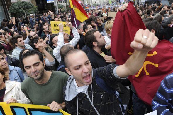 Como parte de las medidas de austeridad el gobierno español busca dejar...