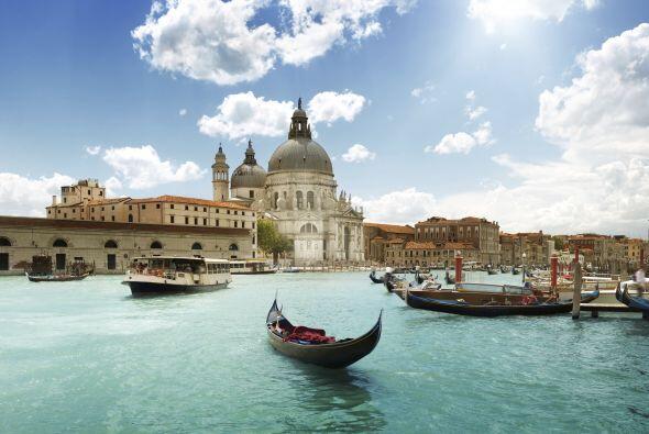 Venecia Italia      Esta romántica ciudad se hunde dos milímetros cada a...