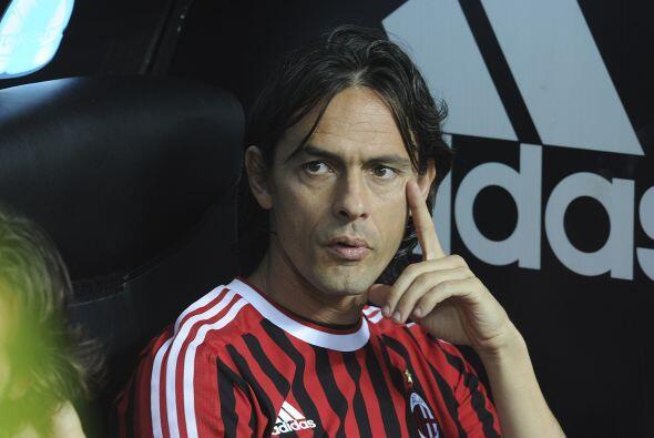 Mientras tanto Filippo Inzaghi miraba como su Milan le ganaba al Cagliari.