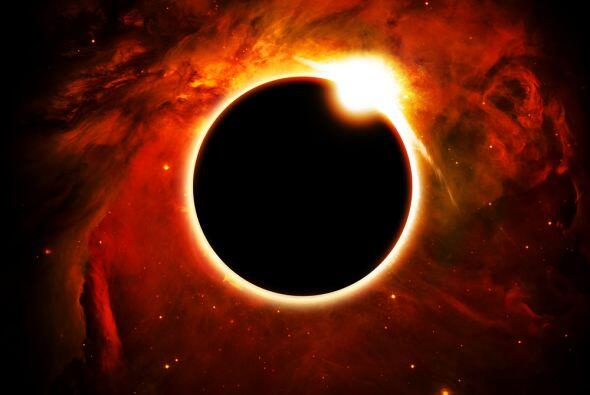 Este año también ocurrirá un eclipse solar el mismo día del Equinoccio y...