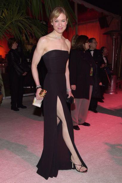 Renee Zellweger se fue a lo seguro y optó por la elegancia de un...