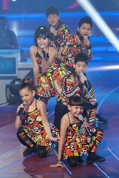 El grupo Megabait, también se hizo presente en el programa y cantaron sú...