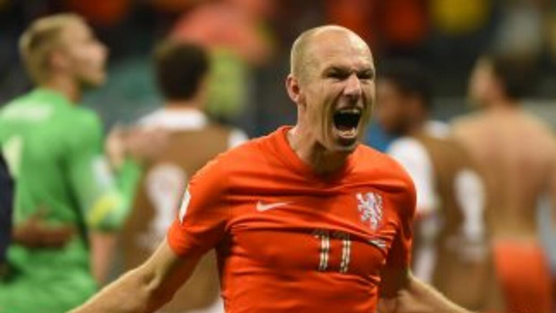 Robben afirmó que 'triunfó el fútbol' frente a la táctica conservadora d...