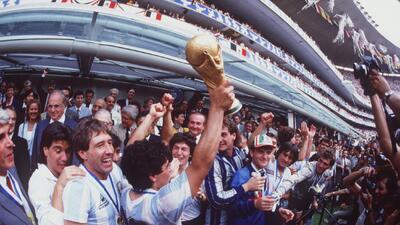 En fotos: hace 40 años inició el romance entre Diego Maradona y la selección de Argentina