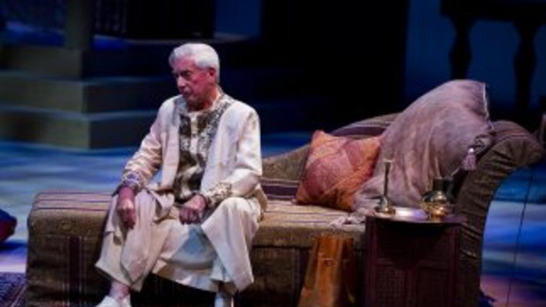 Vargas Llosa se subió a las tablas en Lima, Perú. Fue en la obra 'Las Mi...