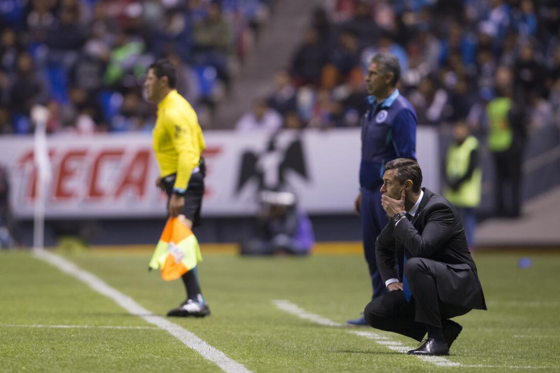 Cruz Azul venció a Puebla 2-0 en Copa MX 20180207-2243.jpg