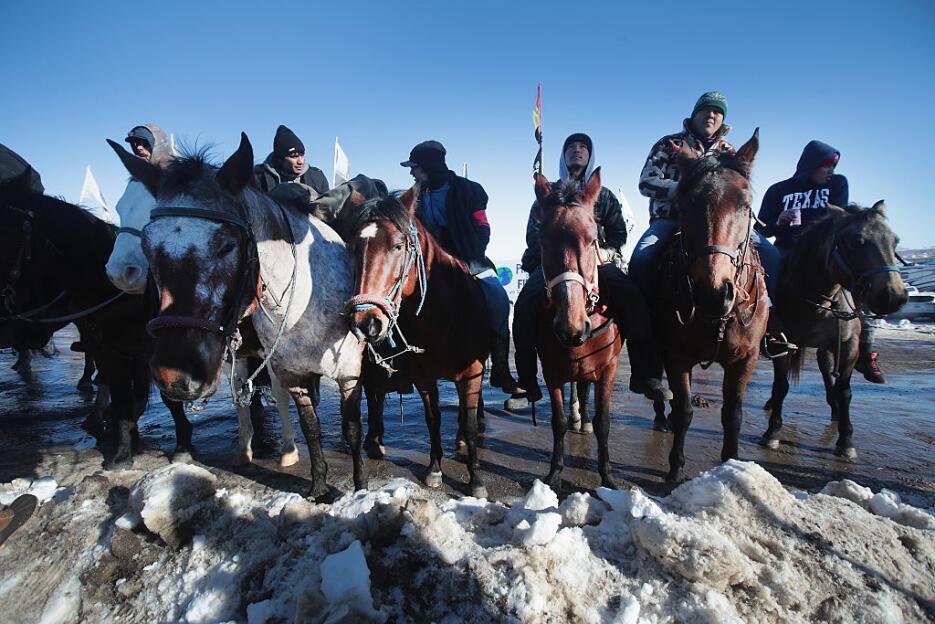 """En fotos: La """"victoria del agua"""" de las tribus nativas que impidieron el..."""