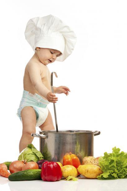 Guiso de sabores múltiples. Cuando el bebé tiene unos diez meses, una bu...