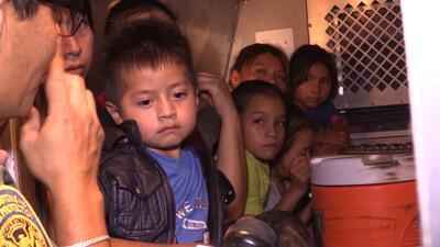 En fotos: Un recorrido por la frontera de Arizona donde se ha incrementado en un 120% el arresto de padres con niños