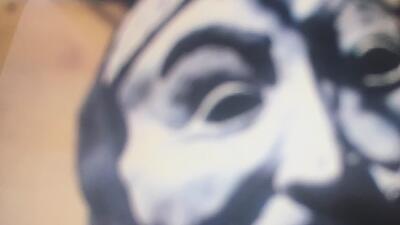 Autoridades buscan a sujeto que aterroriza niños vestido de payaso