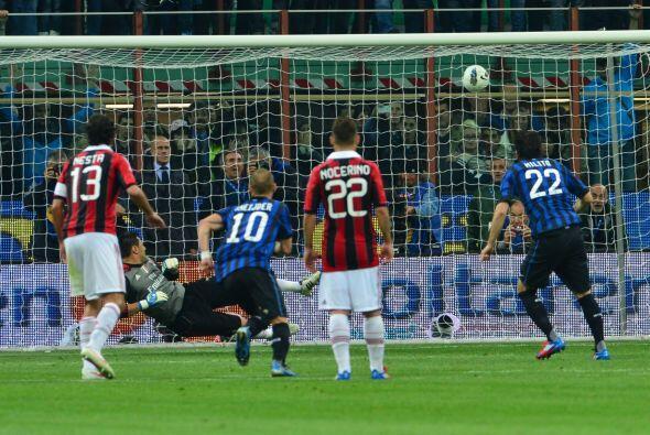 Pero un tercer penalti en el juego, también para el Inter, le devolvía l...