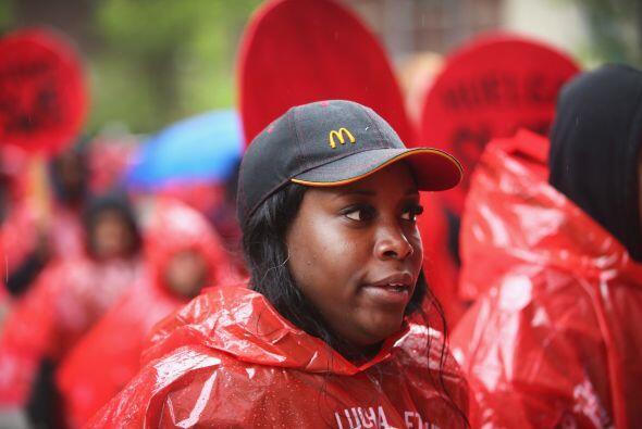 Los actos tuvieron lugar en distintos establecimientos de comida rápida.