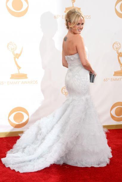 Malin Akerman también logró estar en la lista de mejores vestidas de la...