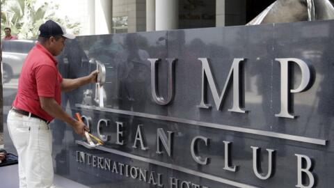 El pasado 5 de marzo los propietarios del Trump Ocean Club retiraron el...