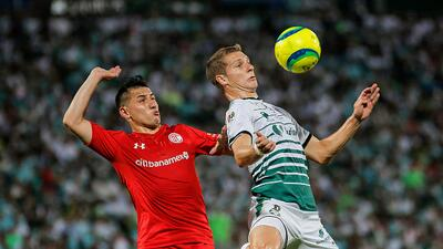 Toluca por la remontada; Santos a liquidar la serie de visita