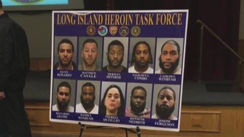 35 personas arrestadas durante un operativo contra la venta de heroína e...