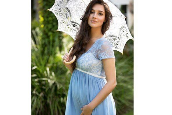 Amelia lució hermosa durante el embarazo.