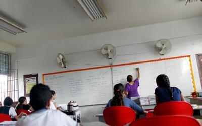 Esta es una de las escuelas que reabrió sus puertas tras el hurac...