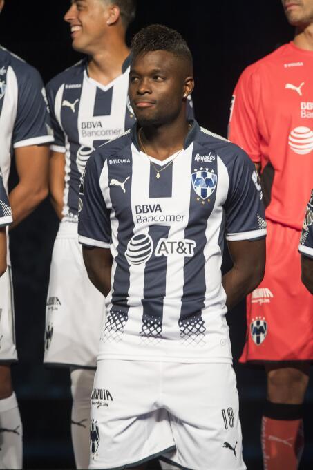 Monterrey presentó sus nuevos uniformes para la Liga MX 20170711_2221.jpg
