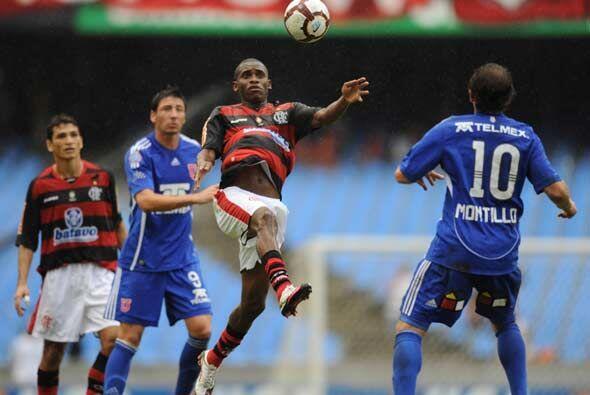 El partido terminó 2-2, resultado que benefició a la escuadra andina.