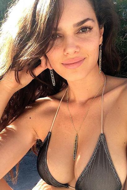 Lisalla Montenegro, es un Top Model de Brasil que ha desfilado en grande...