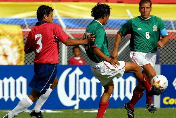 En la Copa América de Colombia 2001 se encontraron en Cuartos de Final,...