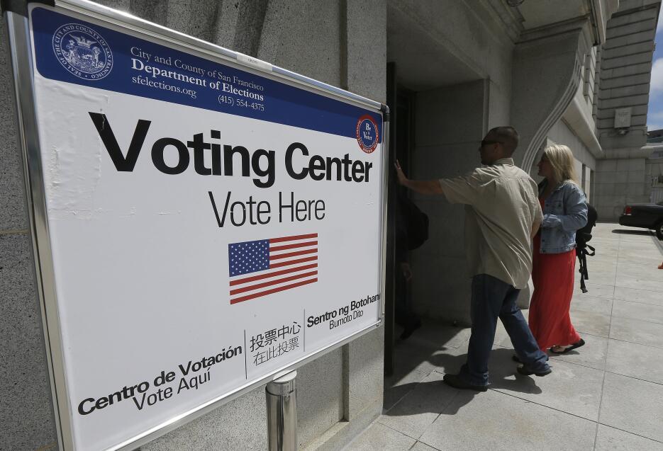 Centro de votación en el ayuntamiento de San Francisco. 7 de junio de 2016.