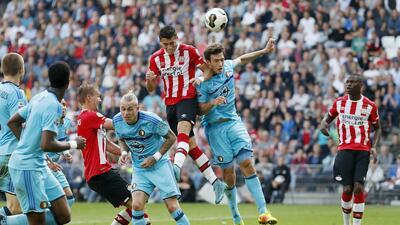 PSV perdió con el Feyenoord, Héctor Moreno y Andrés Guardado fueron titulares