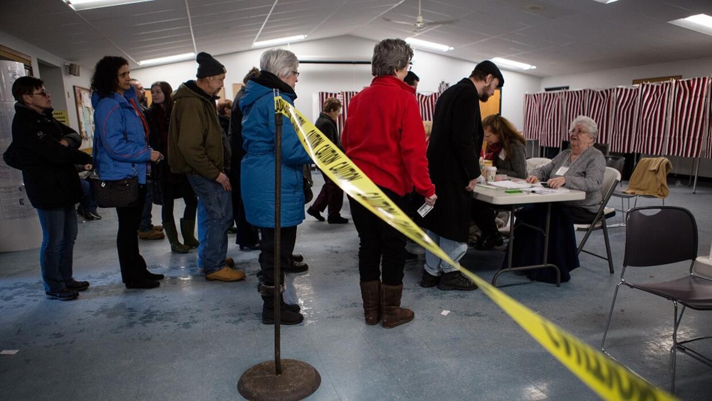 La votación fue extendida en algunos centros.