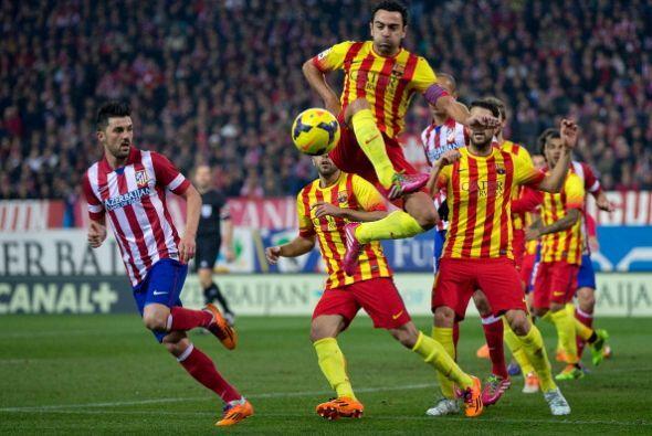El Atlético de Madrid tuvo de retrasar líneas.