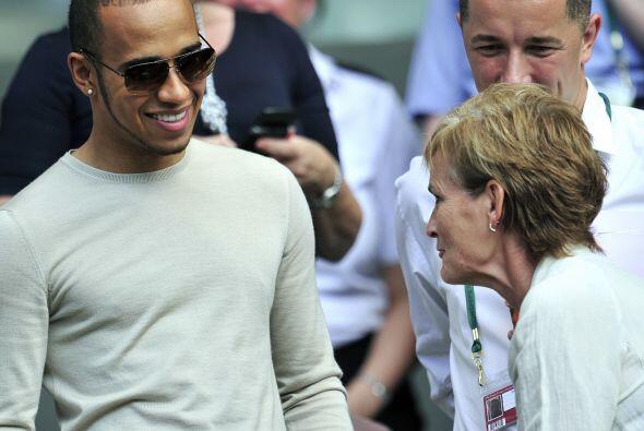 Hamilton estuvo charlando largo y tendido con Judy Murray.