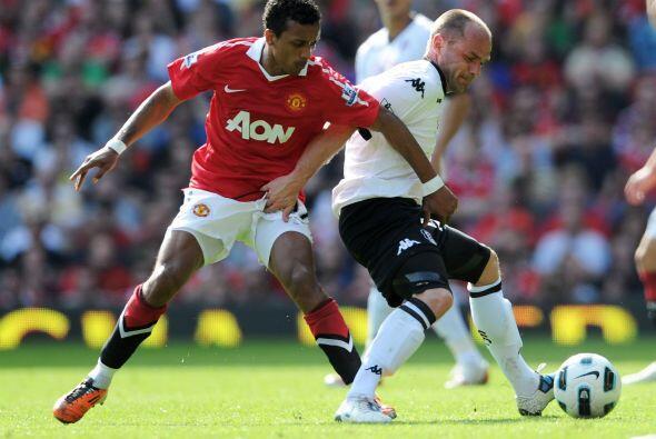 El  jugador del partido fue el portugués Nani, quien volvió loco a todos...