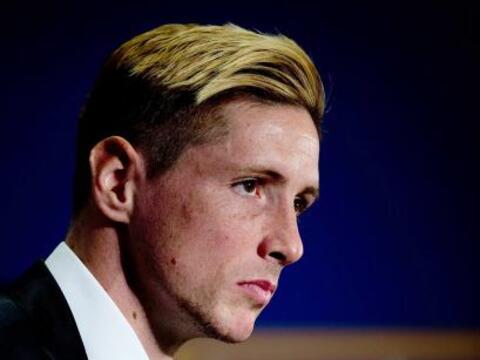 El delantero Fernando Torres fue presentado como nuevo jugador del Atl&e...