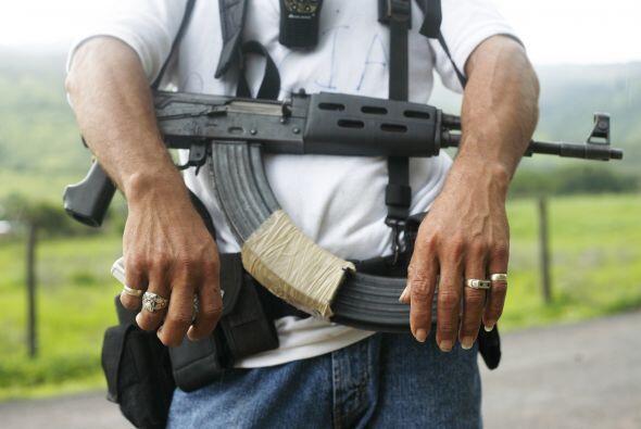 """La crisis de violencia en Guerrero y Michoacán es """"extrema"""", así lo denu..."""