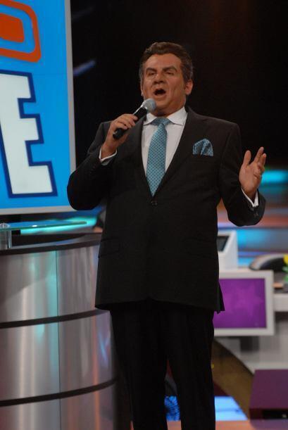 Para comenzar, Don Francisco (Arath de la Torre) engalanó el show pues e...