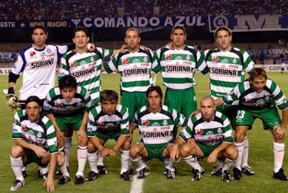 Santos fue el cuarto equipo mexicano que jugó ante River Plate en Copa L...