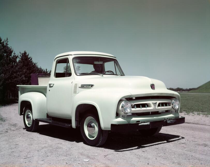 Un siglo de pickups Ford 1953-Ford-F100-pickup-truck-C460-2.jpg